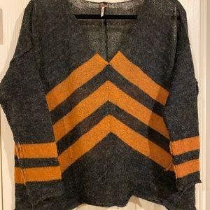 Free People Alpaca Blend charcoal crop sweater